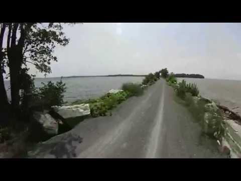 Lake Champlain Bike Trail (Island Line Rail Trail)