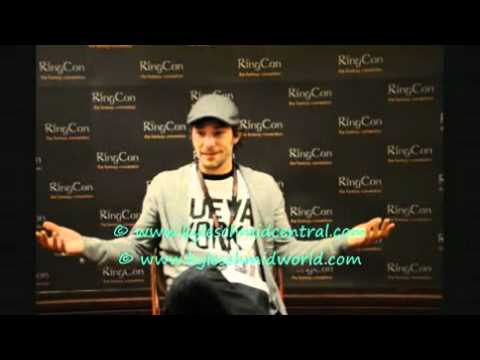 Kyle Schmid (Blood Ties vampire Henry FItzroy) interviewed at RingCon October 2010