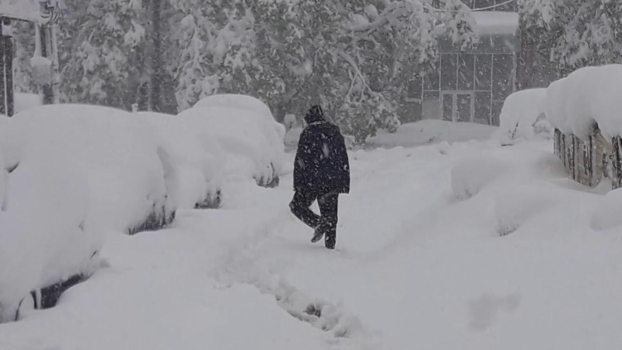 Красноармейск в снегу: власти ничего не делают для уборки дорог и улиц