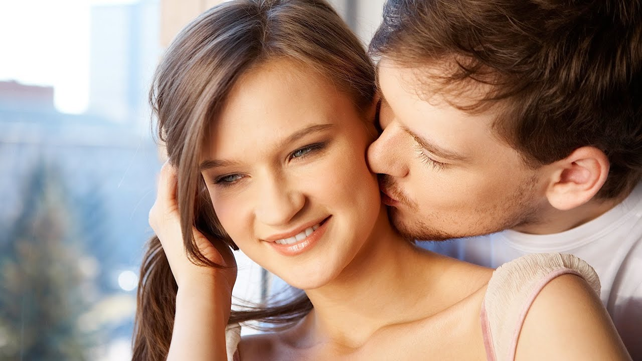 neck kiss indian teen girls pics