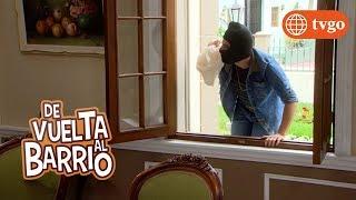 ¡Los Ganoza le pegan a Simón porque piensan que es un ladrón! - De Vuelta al Barrio 23/07/2018