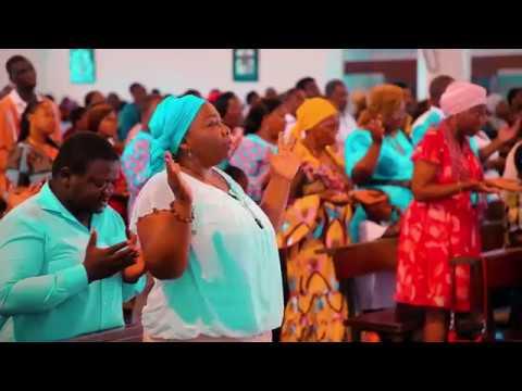 Messe Libreville Gabon Cathédrale Sainte Marie - Catholique