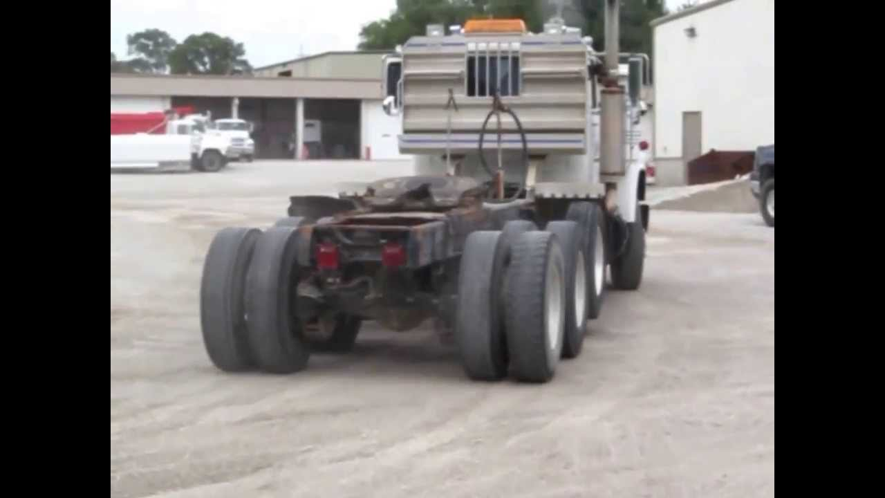 Mack Trucks For Sale >> 1985 Mack RD688S Econodyne triple axle semi truck for sale | sold at auction September 26, 2013 ...