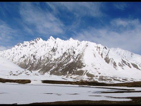 Amazing Penzi-la Pass at 14,000' on Kargil - Padum Road, Zanskar, Ladakh
