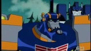 Ultra Magnus VS The Dinobots