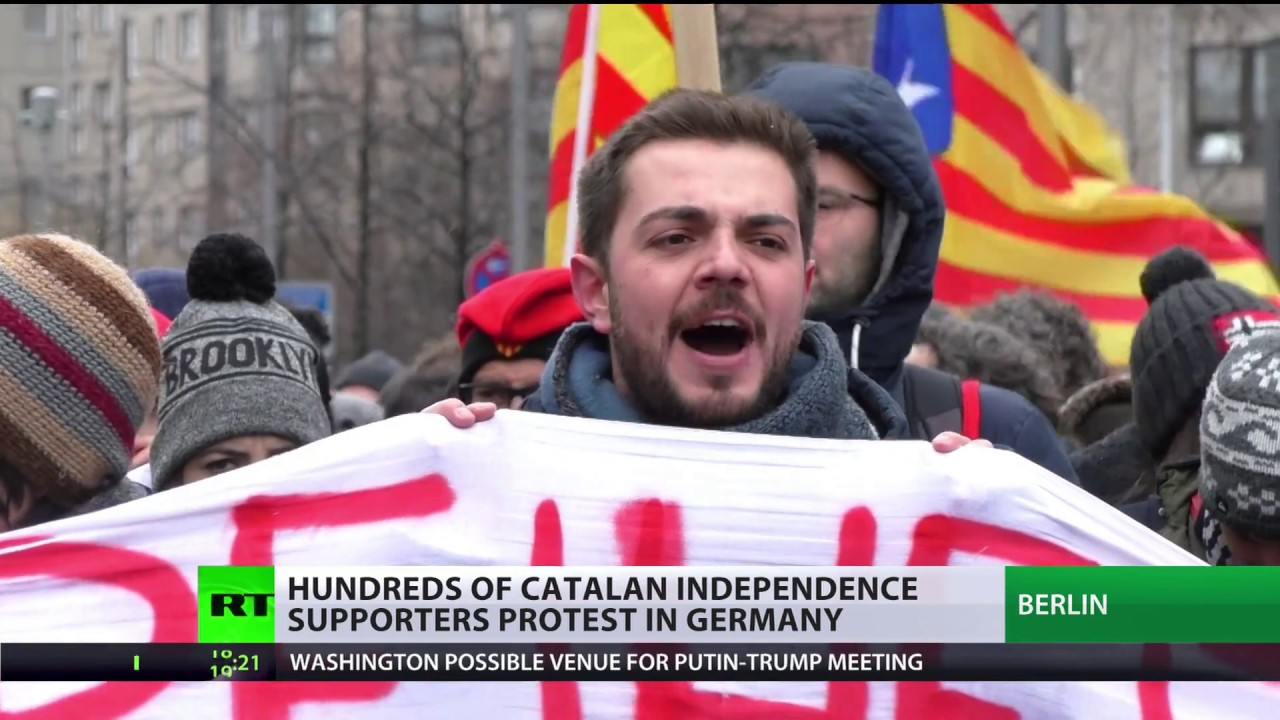 '#WakeUpEurope & help Catalonia': German politicians visit Puigdemont in prison