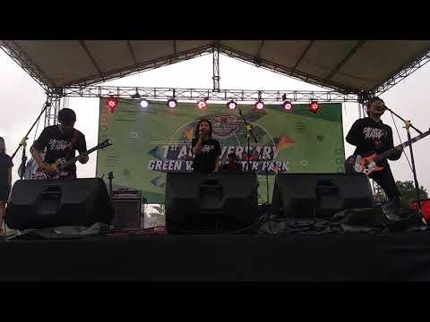 Download Say Hey To Sunday - Kita Bisa live at anniversary 1st years green valley water park purwakarta Mp4 baru