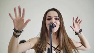 The Chainsmokers - Don't Let Me Down Ft. Daya (Cover)