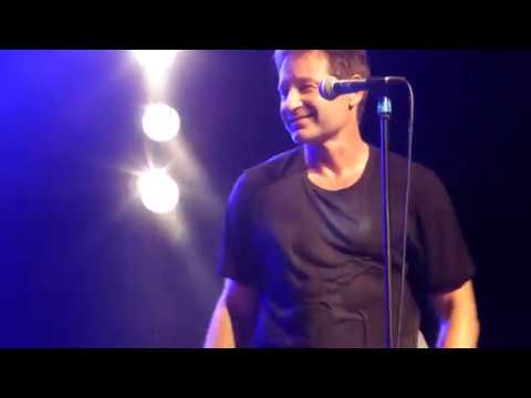 David Duchovny - Sweet Jane (Cover) live Berlin Astra 16 ...