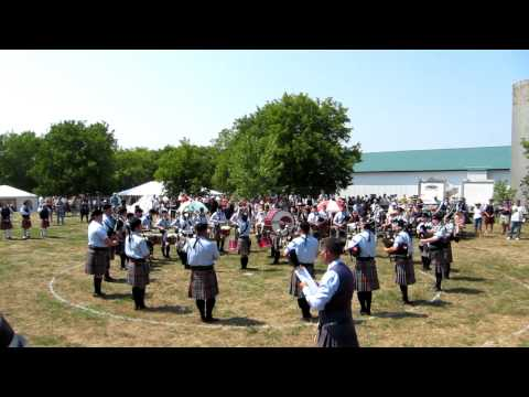 New York Metro Pipe Band, Medley, 2012 Glengarry Highland Games