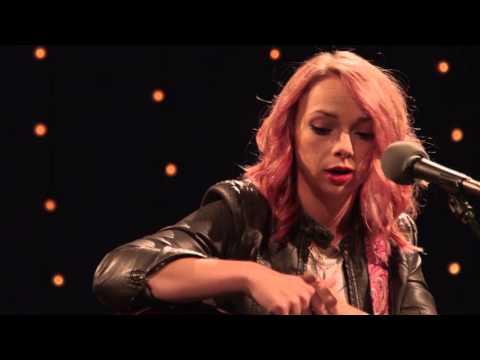 Samantha Fish - 'The Full Session' | The Bridge 909 In Studio