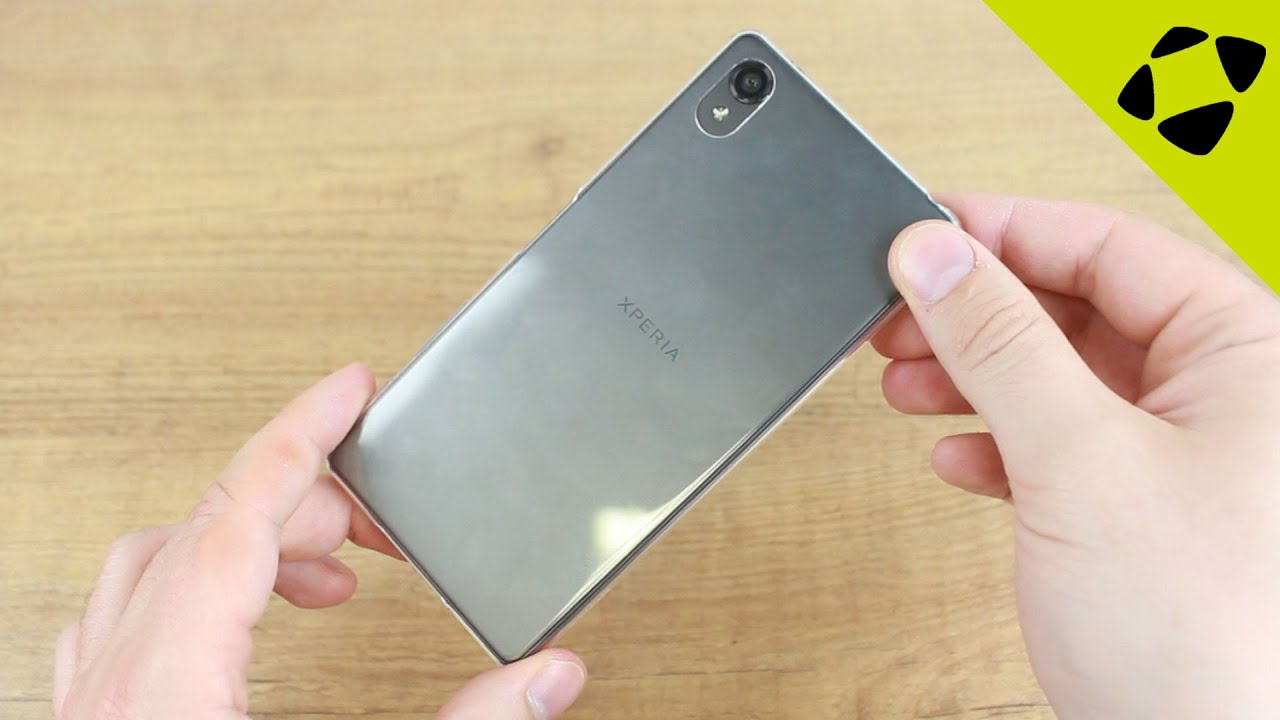hot sales f8260 35c9f Official Sony Xperia X Style Cover SBC20 Clear Gel Case Review - Hands On