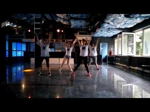 FUNKY FIT workout-Ricky Martin Mordidita