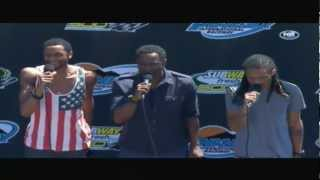 Brian McKnight, Brian McKnight Jr, Niko McKnight sing National Anthem