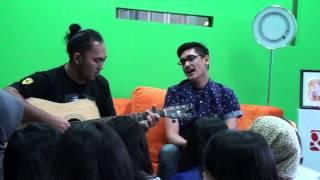 Afgan Pesan Cinta acoustic live performance