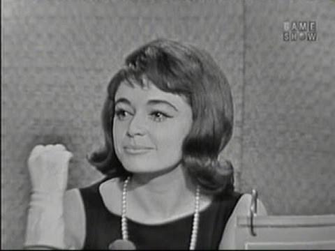 What's My Line? - Anna Maria Alberghetti; Johnny Carson [panel] (Apr 30, 1961)