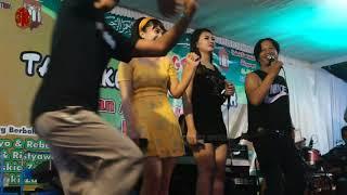 lewung rindi antika ana servia djito prakoso goyang tari jatilan bikin penonton heboh ikut menari