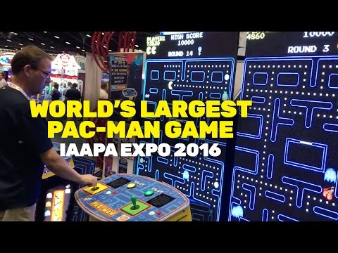 World's Largest Pac-Man Game (IAAPA 2016)