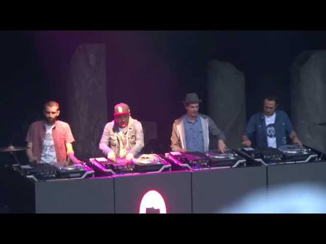 C2C - Down The Road (Live)(2012-07-05)