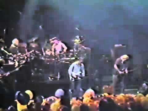 Grateful Dead 12 31 1988 Oakland Coliseum Oakland CA