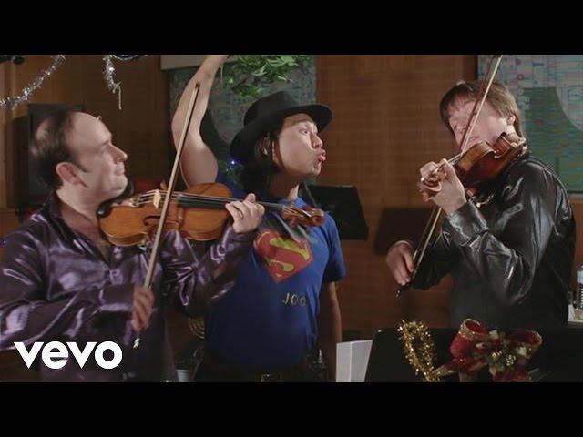 Joshua Bell - Christmas Confusion ft. Igudesman & Joo