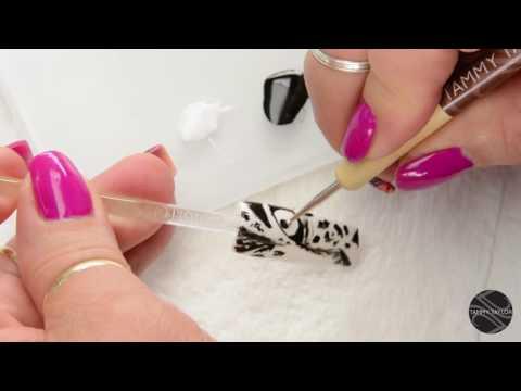 Рисунок на ногтях — женщина-тигр