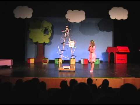 Coat Hanger Sculpture Charlie Brown - YouTube