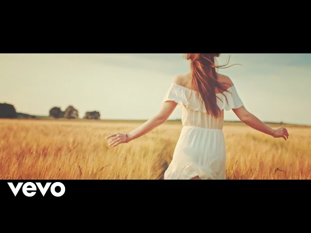 Andrea Desmond - Keep On Going (Official Video)