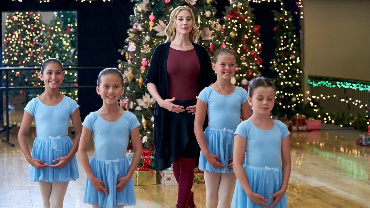 92 Christmas Movies On Hallmark Lifetime Netflix More