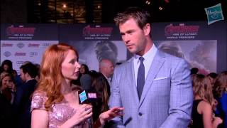 Chris Hemsworth Discusses Thor's Relationship with The Team
