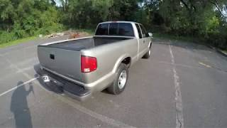 4K Review 2001 Chevrolet S-10 Pick-up Truck Virtual Test-Drive & Walk-around