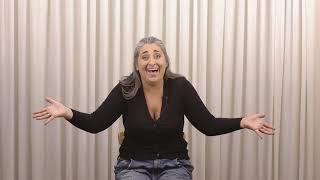 """Renata Vinciprova - Monólogo """"O Primeiro Vídeo de Namoro de Rose Ritz"""", em Português"""
