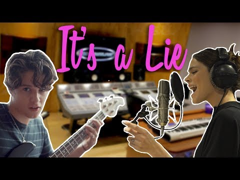'It's A Lie' con THE VAMPS #VampsTini | TINI