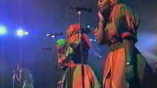lucky-dube-born-to-suffer-live