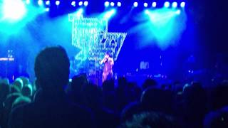 Thin Lizzy - Dancing In The Moonlight (Its Caught Me In Its Spotlight) - O2 ABC Glasgow 2012