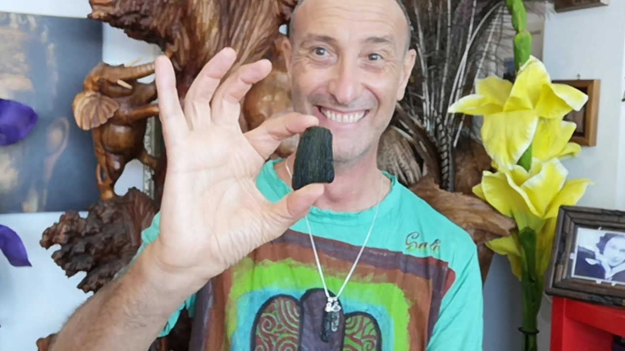 The Power Of Moldavite, a short story and a little uplifting message
