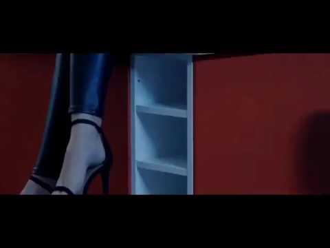 Abou debeing tombé sur elle (clip) dadju