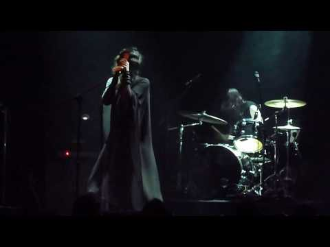 Chelsea Wolfe - Intro + Feral Love [Live - Piraeus Academy, Athens 29/04/2017]