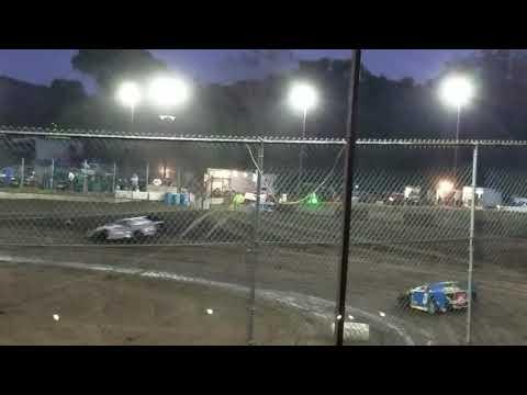 Isaiah's hot laps at Peoria Speedway 10.19.19