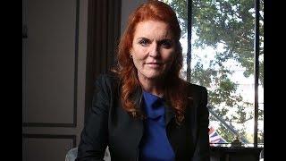 Сара Фергюсон — единственная, кому удалось сбежать от Виндзоров и остаться счастливой