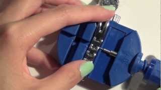 How to resize a watch using watch link remover - Natalie