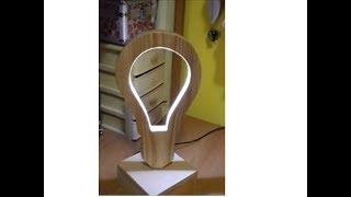 lampadina in legno a led