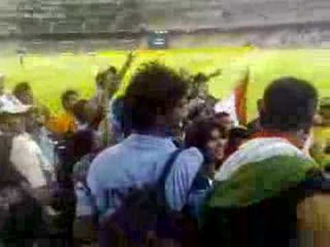 MCG Cricket Match, India Vs Australia Crowd Chants....
