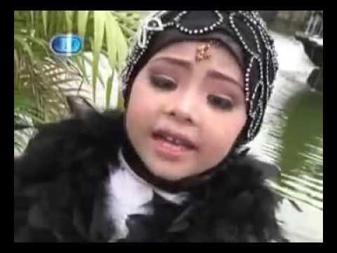 Lagu Anak Islami : SURGA DI TELAPAK KAKI IBU