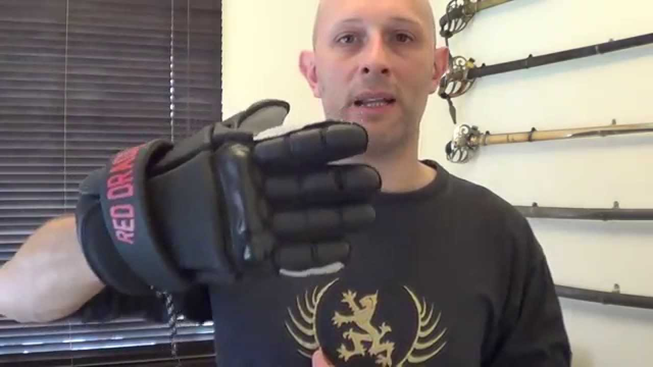 review sparring gloves from red dragon the hema shop youtube. Black Bedroom Furniture Sets. Home Design Ideas