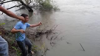 ЧЕЧНЯ..Рыбалка на Тереке. ловля сома 2014