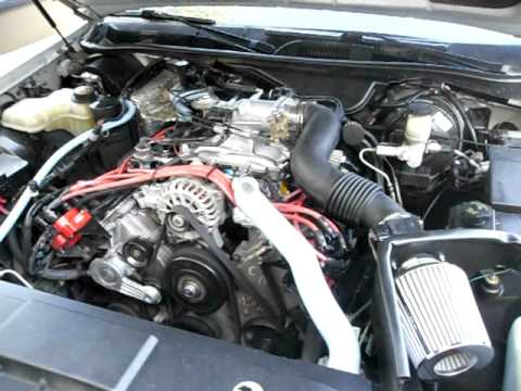 1997 Lincoln Towncar exhaust and engine  YouTube