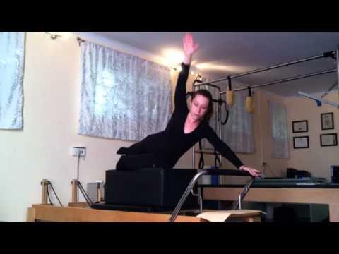 Pilates reformer  Swan variation - קלרה - הסטודיו לפילאטיס