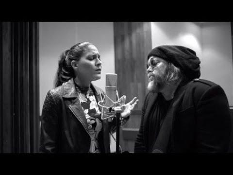 Haydée Milanés feat. Carlos Varela - Los días de gloria (Video Studio)
