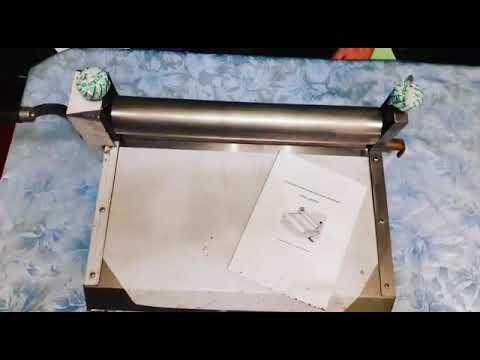 Тестораскаточная машина (тестораскатка) ручная Farina 400 обзор .